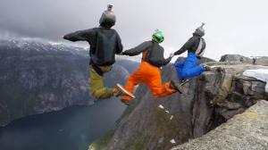 Dein Gehirn erlaubt dir nicht, von einem Berg zu springen, um Base-Jumping zu machen