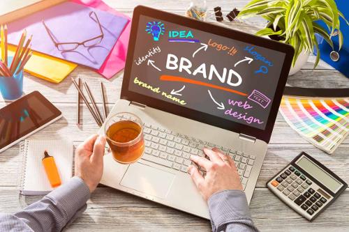Eigenen Marke entwickeln oder die deiner Network Marketing Firma nutzen?
